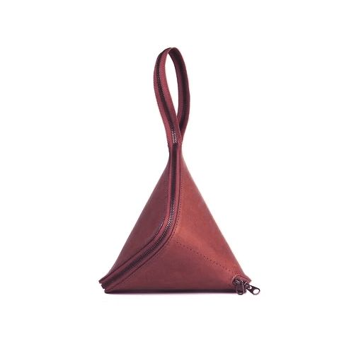 A lovely #handbag. By #loope 16x16x28 cm.  #design #bolso #leather