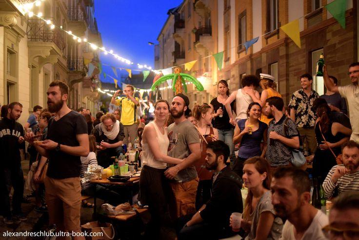 Rue du Ruisseau Bleu à Strasbourg, des habitants ont mis en place des traditions de solidarité et de partage. Reportage en vidéo.