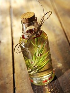 How to Make a Great Rosemary Herb Oil thumbnail