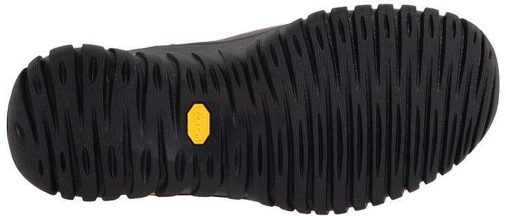 UGG - Adirondack Boot II Women's Cold Weather Boots