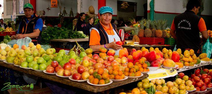 Una mirada basta para enamorarse de #Zipaquirá, aquí encuentras variedad de frutas, colores, sabores y olores gracias a nuestras riquezas naturales. #Zipaquiráturistica #Colombia #larespuestaesCOlombia