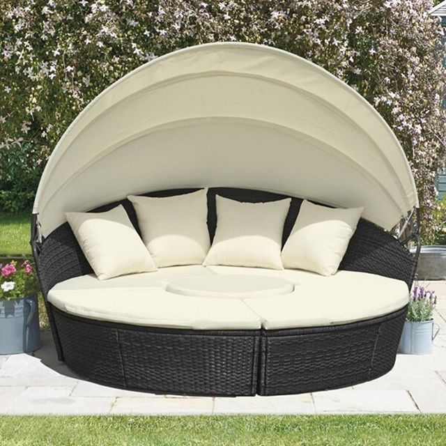 A Comprehensive Overview On Home Decoration In 2020 With Images Rattan Garden Furniture Garden Day Bed Pallet Garden Furniture