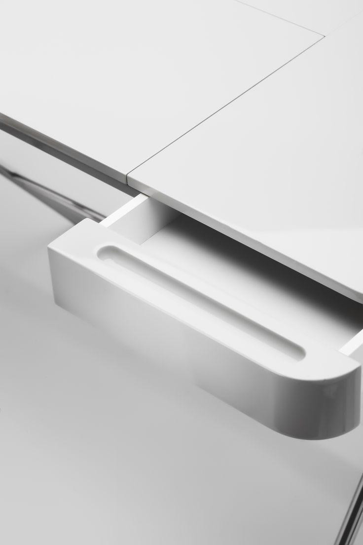 Cosimo Desk Design Marco Zanuso Jr (finish Top Grey Glossy Lacquered) Detail