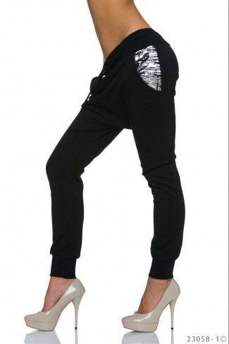 Αθλητικό παντελόνι βράκα με print - Μαύρο