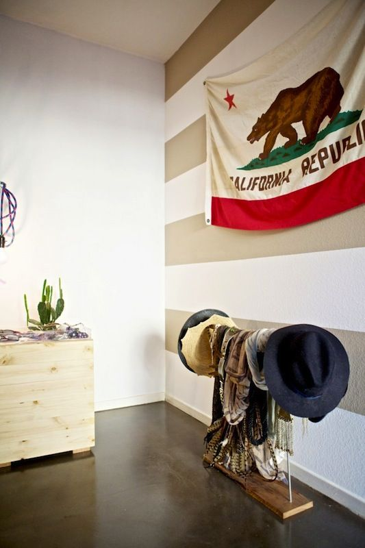 Love the California Republic flag against the bold white and beige stripes.
