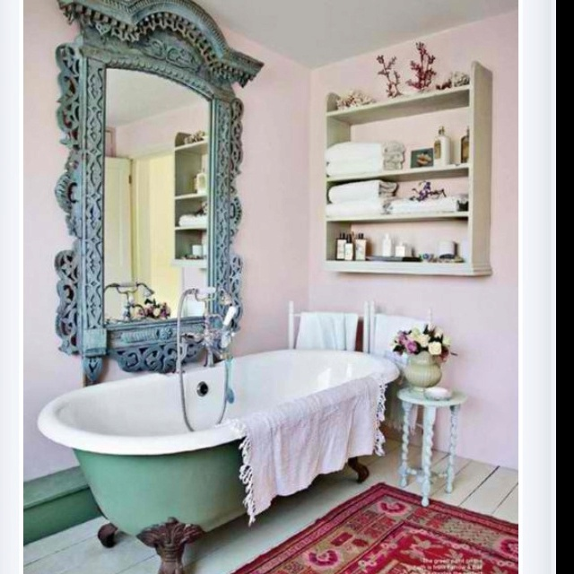 Such A Sweet Old Fashion Bathroom And The Mirror Is Amazing