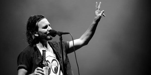 Pearl Jam - Nothingman http://www.ilfragolone.org/febbre-a-novanta-08/