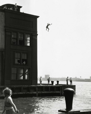 Freedom.Photos, New York Cities, 1948, Rivers T-Shirt, Boys Jumping, Photography, Ruthorkin, Hudson Rivers, Ruth Orkin