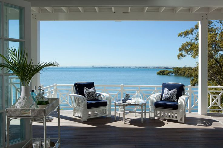 Queensland Homes Blog Real Home: Blue Daze .... Totally loving the drins trolley x