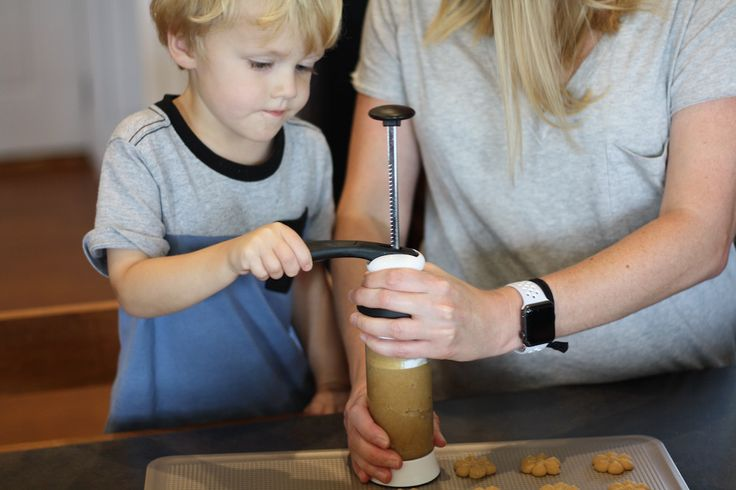 [ad] Sharing my Peanut Butter Spritz Cookie Recipe using the OXO Cookie press #OXOgoodcookies