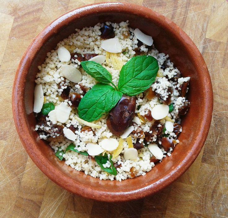 CZULĘNT // z uczuciem o warzywnej kuchni żydowskiej : Orzeźwiający kuskus z daktylami i miętą