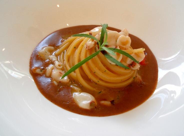 Linguine di Gragnano con calamaretti spillo salsa al pane di Coimo