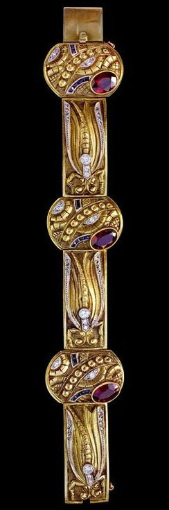 Art Deco Dragonfly Bracelet Gold Garnet Diamond Synthetic Sapphire Marks: 'COZZOLINO' Uruguay, c.1930 Cozzolino worked in Naples, Italy & Montevideo, Uruguay His jewels were wonderful & unique