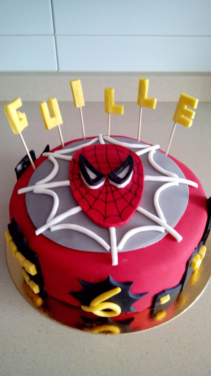 Tarta Spiderman - midulcereposteria.es