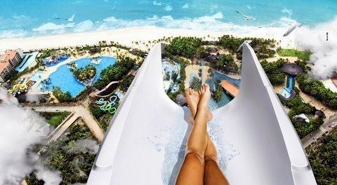 love that feeling right before goin down a water slide:)