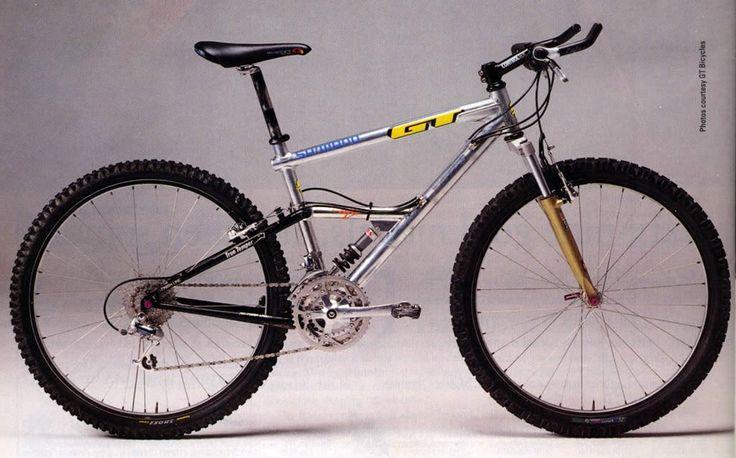 Juli Furtado's 1992 Worlds Downhill winning GT RTS-1. Yes, that's a downhill bike back then.