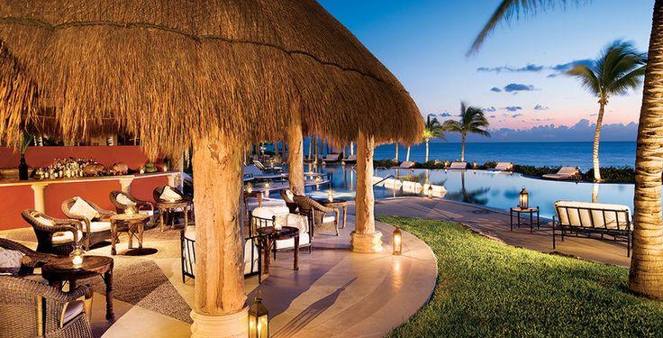 Weisse Sandstrände, Sonne und atemberaubende Natur – willkommen in Cancun!  Verbringe 7 bis 12 Nächte im 5-Sterne Hotel Zoëtry Paraiso de la Bonita Riviera Maya. Im Preis ab 2'489 Franken sind die All-Inclusive Verpflegung sowie der Flug inbegriffen.  Hier kannst du den Ferien Deal buchen: https://www.ich-brauche-ferien.ch/ferien-deal-cancun-mit-5-sterne-hotel-und-flug-fuer-2489/