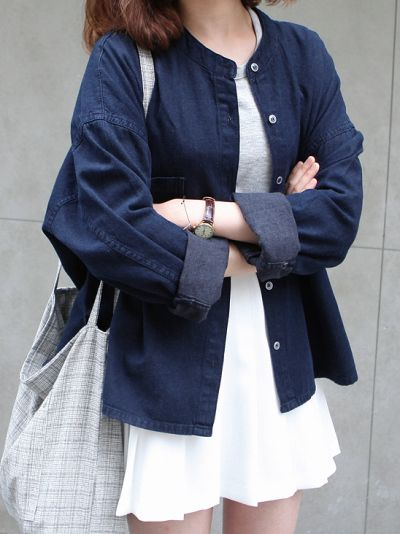 Love this oversized denim jacket #style #clothes