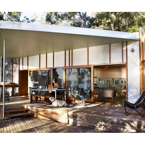 Find out how an Aussie couple transformed a poky beach house rental into their ideal coastal getaway.