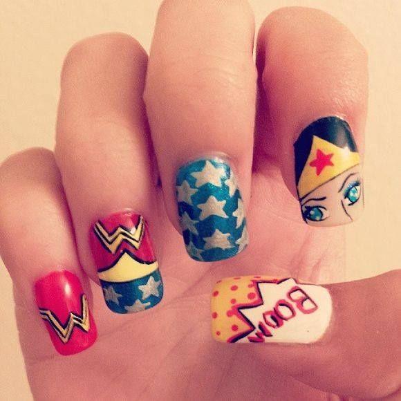 ¡Se acerca el mes de Halloween! ¿Cómo vas a sorprender con tu manicure? #masglolovers #inspiration #nails #nailart