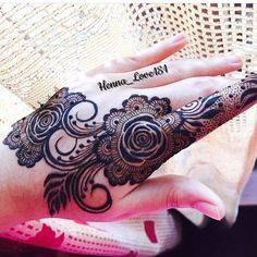"""3,100 Likes, 15 Comments - First And Original Henna Page (@hennainspire) on Instagram: """"Repost @henna_dubaii"""""""