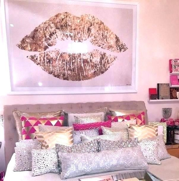 Rose Gold Bedroom Decor Pink And Gold Room Ideas White And Gold Bedroom Decor Gold White Bedroom Pink White And Girls Bedroom Dream Bedroom Dream Rooms
