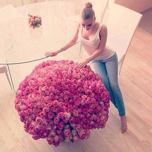 should i have this one before 2015?? a thousand roses to start a new year...lets make a wish...tic tac. few days left