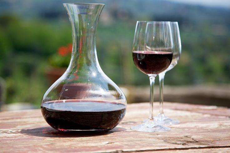 Vörösbor kozmetikai célra? Komolyan? Hisz ez istenkáromlás! Könyörgöm, ne ítélj elsőre! Úgy tűnik a bor életet adó elixír, melynek hatására meg lehet fiatalodni pár évvel.[...]