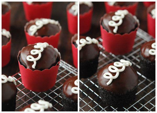 Homemade Hostess Cupcakes!