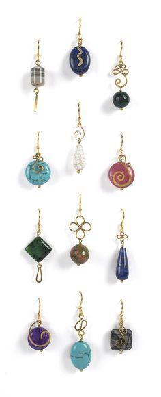 Nice wirework on these earrings  . . . .   ღTrish W ~ http://www.pinterest.com/trishw/  . . . .   #handmade #jewelry #wire_wrapping