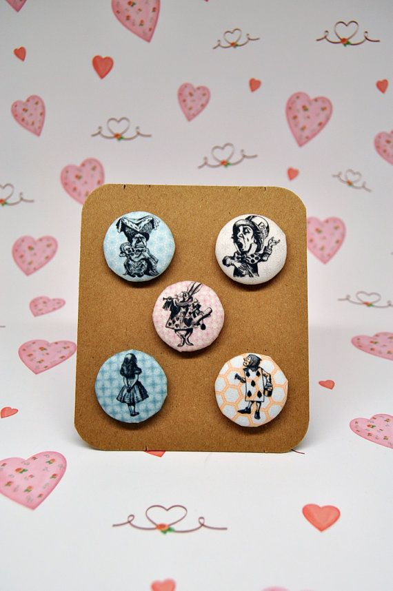 Set of 5 Alice in wonderland fabric covered by buttoninthebox, €11.00