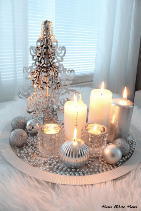 Elegant White Vintage Christmas Decoration Ideas 24