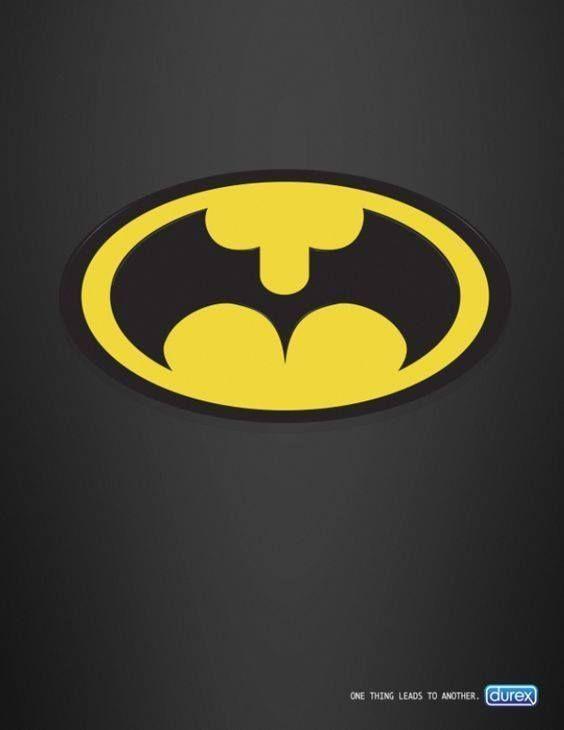 Cuando Durex juega con el logo de Batman.