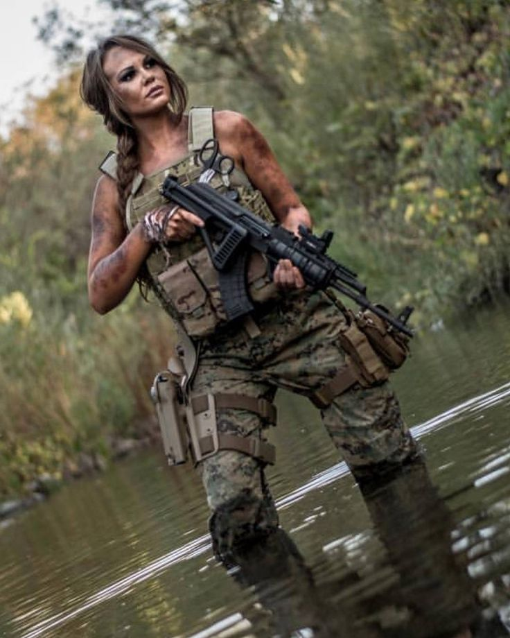Pics of guns and girls with guns.