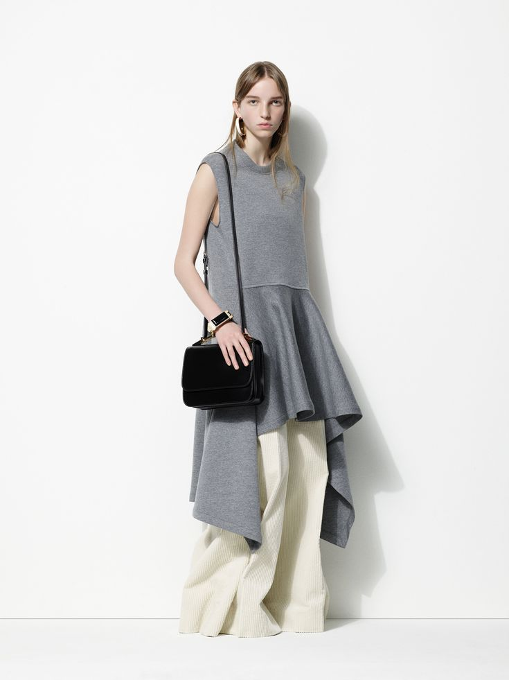 Marni Pre-Fall 2016 Collection Photos - Vogue...there is NO REASON to find this attractive, but I do...cream wide-leg pants, that drapey peplum in heathered grey...ooooh you'd only need to add a long & lean dark blazer and the fashion spirits would be appeased... ---   http://tipsalud.com   -----