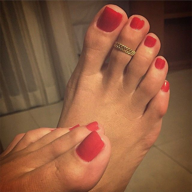 Foot Fetish Red