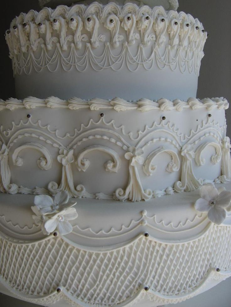 royal icing decorations wedding cake 133 best images about lambeth wedding cakes on 19390