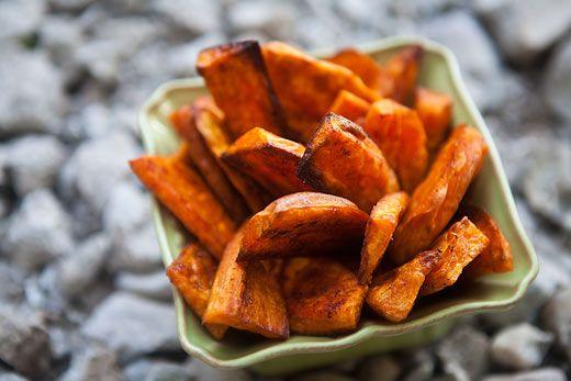 Oven Baked Sweet Potato Fries: Sweet Potato Fries, Fun Recipe, Sweet Potatoes Fried, Olives Oil, Baking Sweet Potatoes, Simply Recipe, Sweet Potatoes Wedges, Ovens, Pumpkin Pies