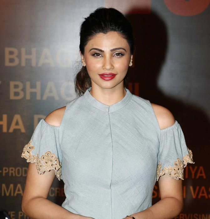 Daisy Shah at the premiere of #Sarbjit in Mumbai. #Bollywood #Fashion #Style #Beauty #Hot #Sexy