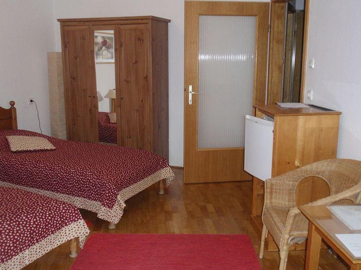 Egyik többszobás apartman hálószobája / #bedroom of one of our #morebedroom-apartments