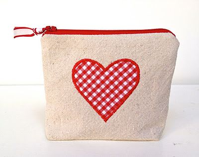 Zippered drop cloth canvas pouches with appliqued gingham heart and lining. Kit yields 20 pieces. ∙ CLICK TO CUSTOMIZE AND ORDER ∙
