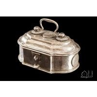 A Fine Silver Jewellery Box, Decorated With Various Silver Hyderabad Coins, The Kingdom of Hyderabad, A Formal Princely State In India, Late 19th early 20th Century.   - August 2017 - New Items