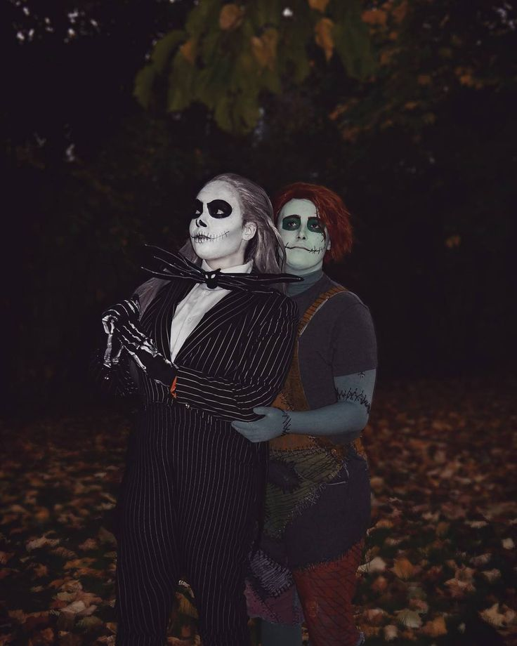 Where we could gaze into the stars And sit together now and forever. For it is plain as anyone could see We're simply meant to be  #nightmarebeforechristmas #nightmarebeforechristmascosplay #DisneyCosplay #timburton #jackskellington #sallystitches #sallyfinklestein#genderbendcosplay #rule63 #mcmlondon #mcmlnd17 #mcmcomiccon #cosplayer #cosplay #Disney #CouplesCosplay