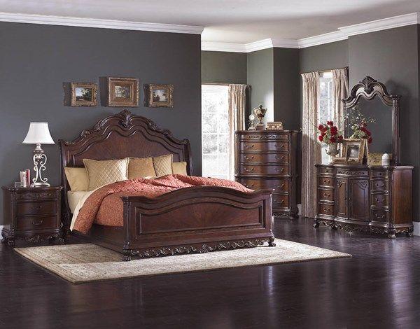 Deryn Park Traditional Cherry Wood Sleigh Master Bedroom Set