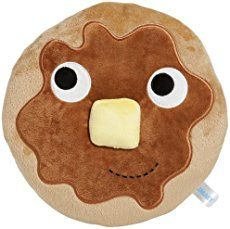 Looking for some pancake fun with your little ones?   We've got toy cookers and pancakes to make, songs to sing, games to play and a lovely 'Pancake Toppings' free printable. Lots to keep your little ones busy and help them explore the traditions, tastes and fun of pancake day.