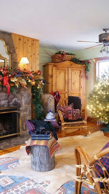Country home Christmas decor