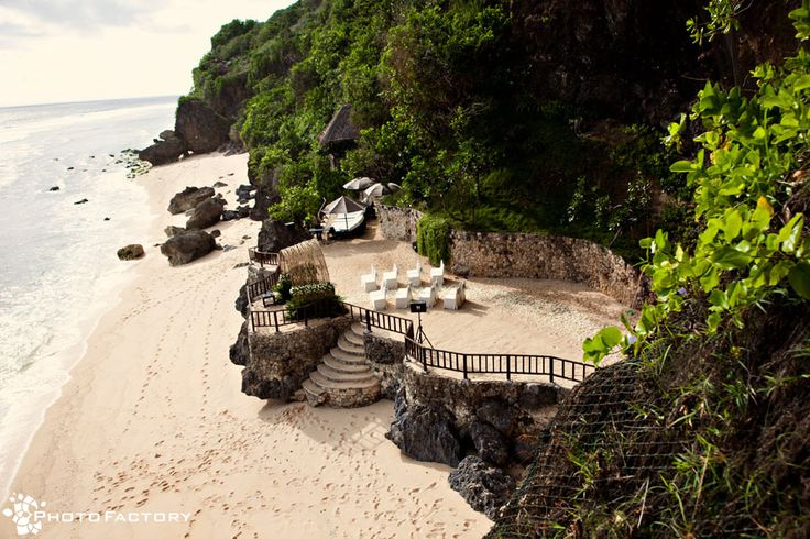 #Wedding venue by the beach at Bulgari Resort, #Bali