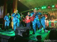 Menikmati Alunan Musik Melayu di Pantai Ancol