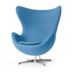 Arne Jacobsen Egg Chair lightblue