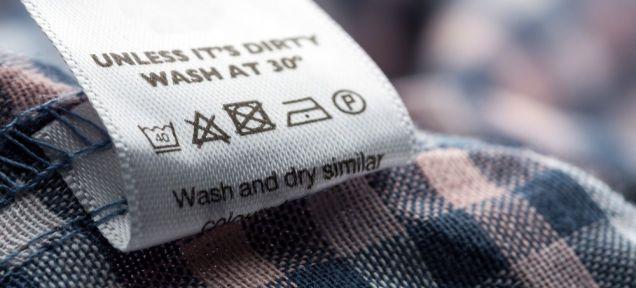 Ver Qué significan los símbolos de lavado de las etiquetas de ropa